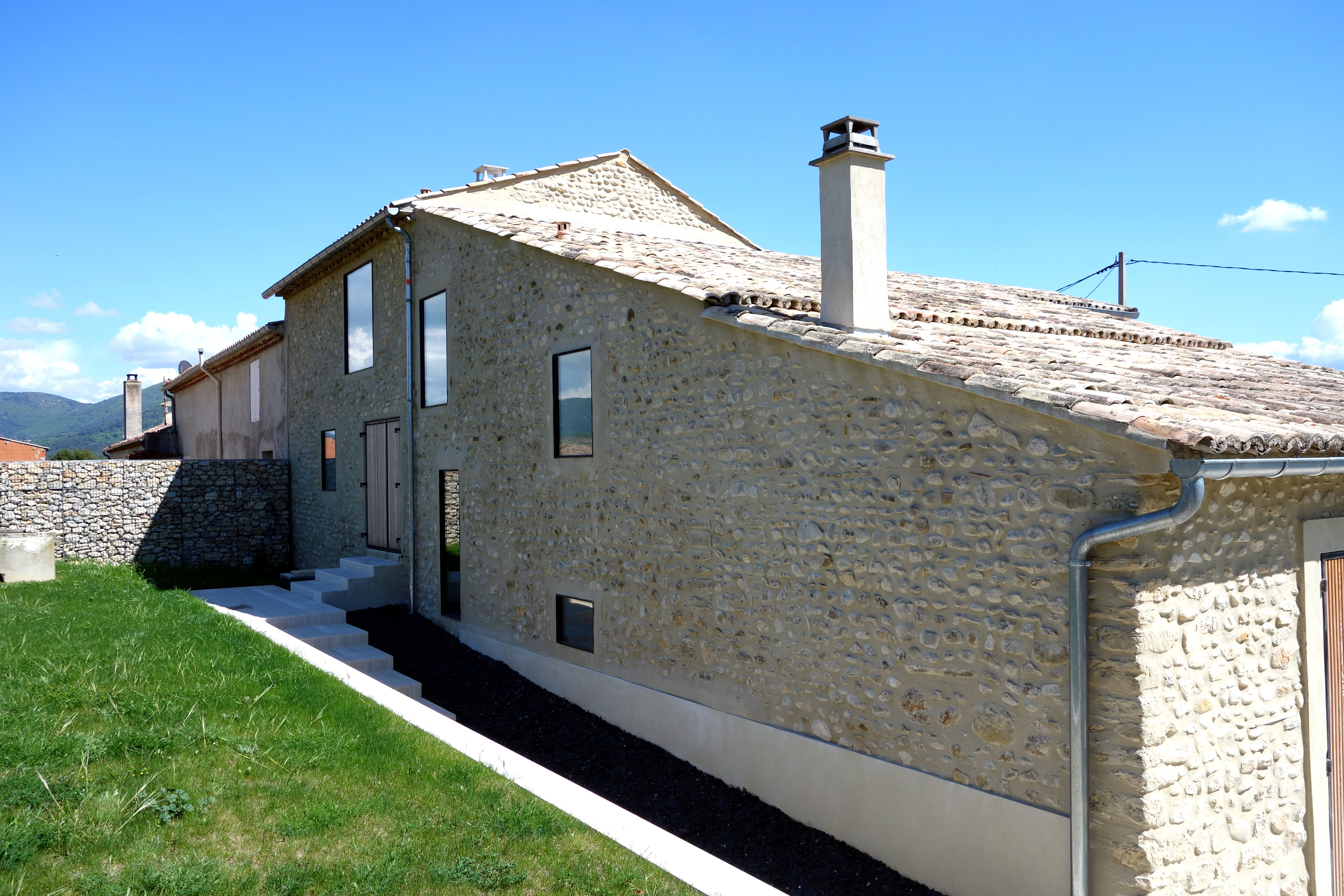 Rehabilitation d'une magnanerie à soie en habitation - Vinsobres (84)